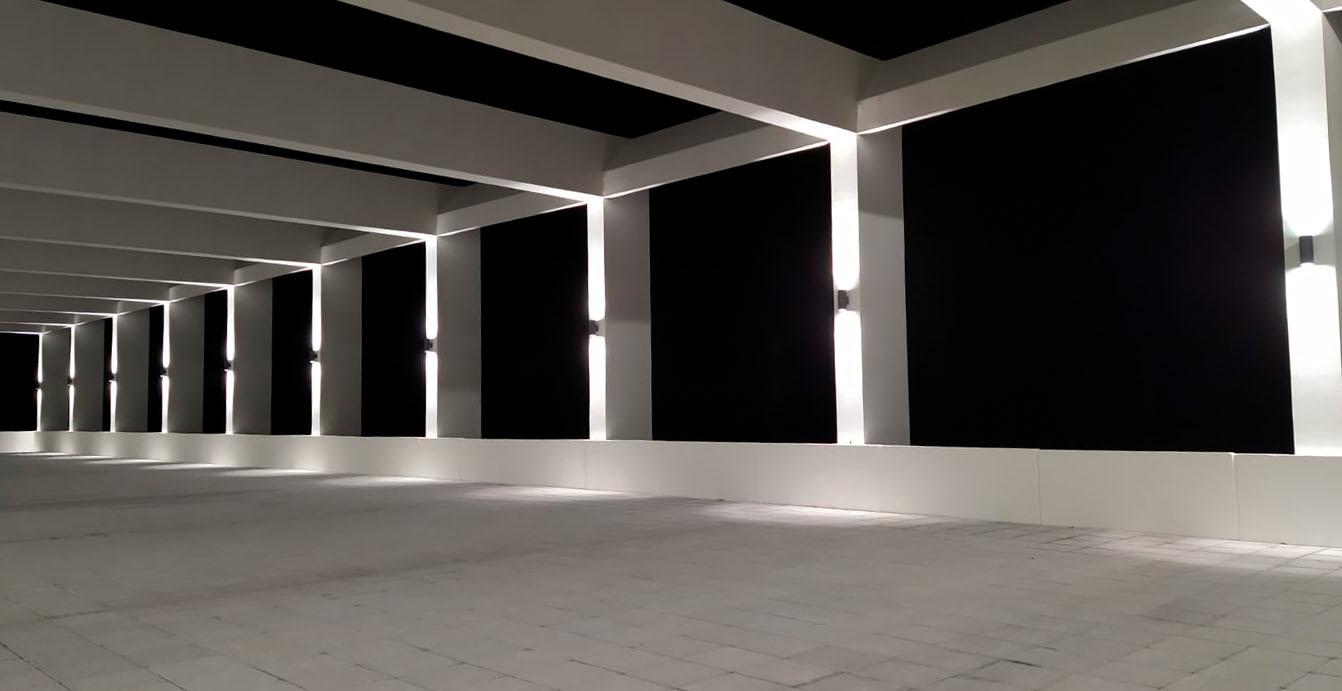 Iluminación nocturna en columnas